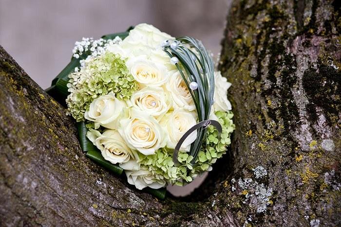 Brautstrauß Rosen Hortensien
