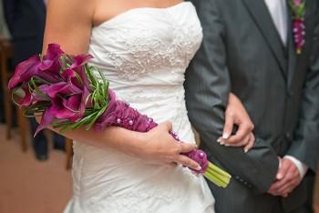 Brautstrauß mit lila Calla