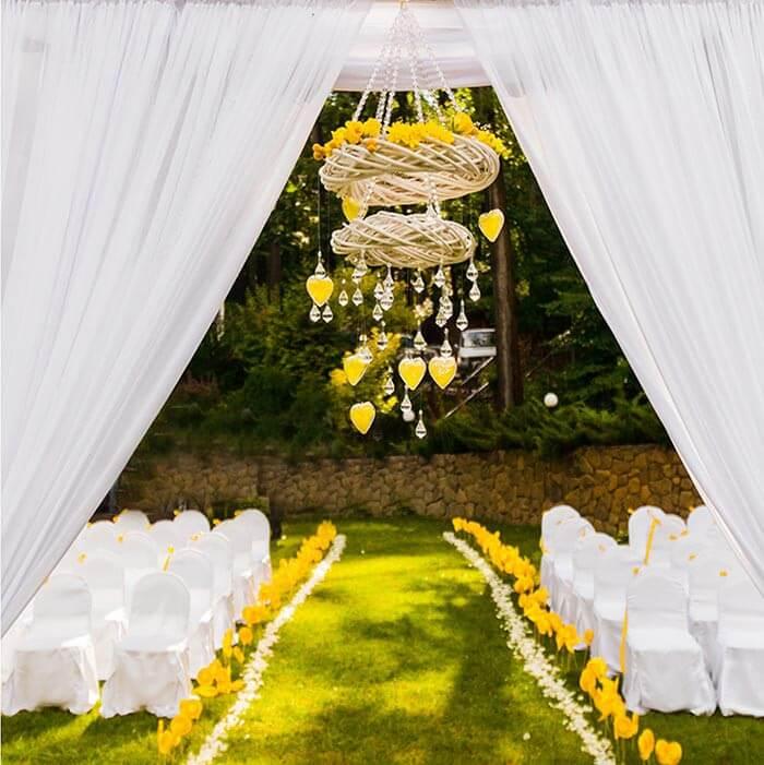 Hochzeitsdeko in Gelb