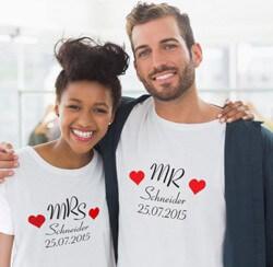 Partner-Shirts zur Hochzeit mit Name und Datum