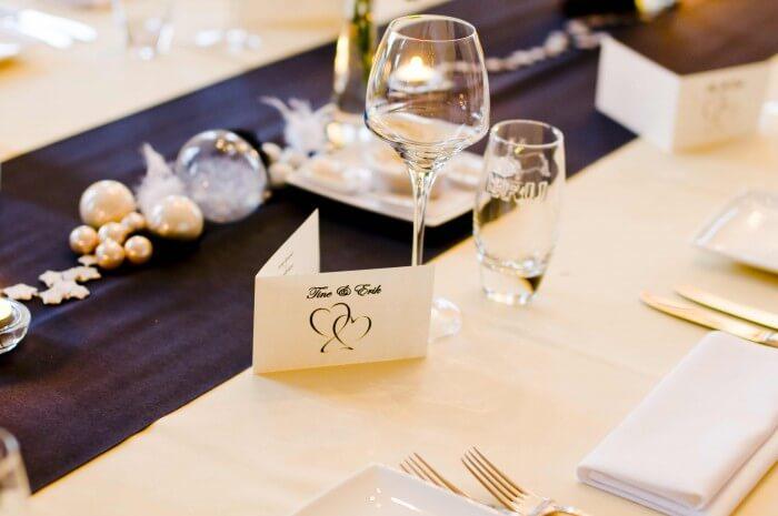 Tischbänder Hochzeit