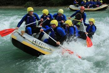 Beim JGA zum Rafting
