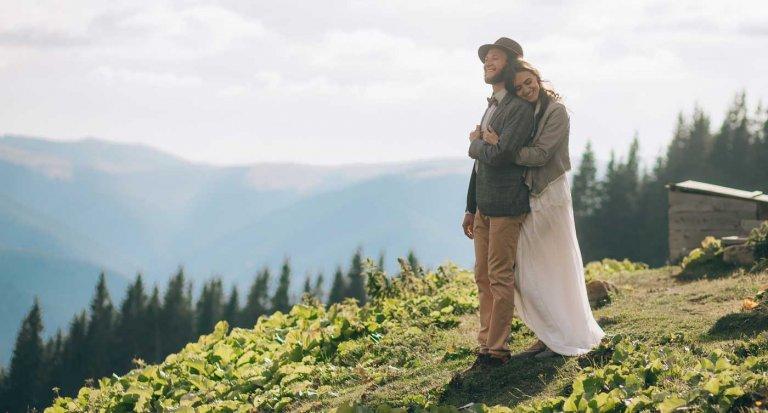 Hochzeit auf der Alm I Ideen & Inspiration mit rustikalem