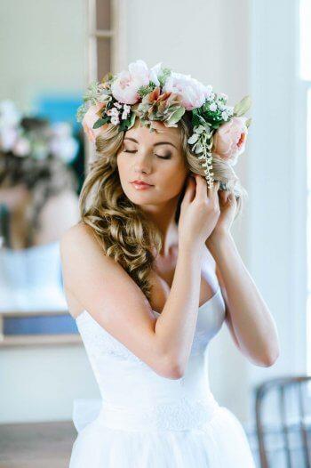 Offene Haare Blumenkranz