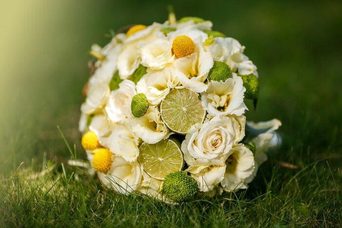 Brautstrauß mit Limetten