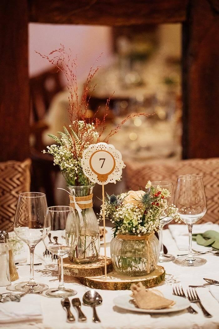 Hochzeitsdeko Holzscheiben