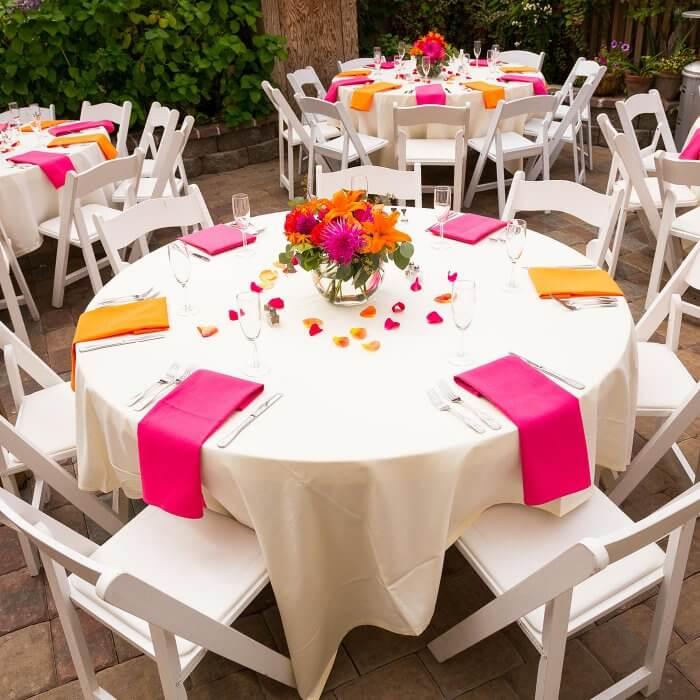 Tischdeko fuer die Hochzeit