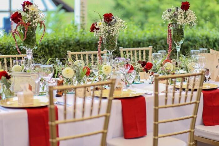 Tischdeko rot-weiß