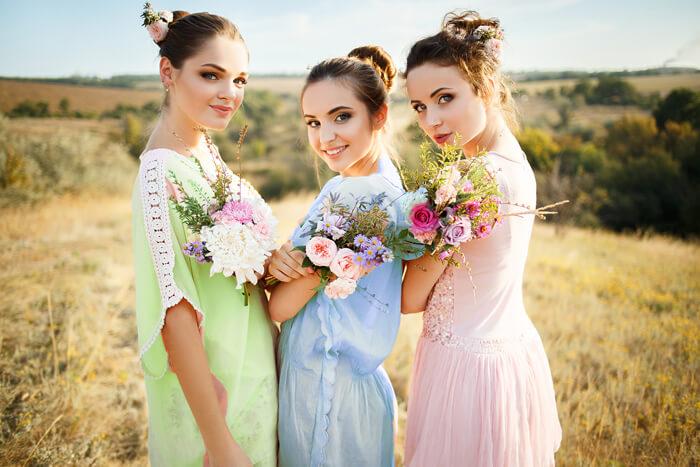 Brautjungfernkleider in Pastell-Tönen