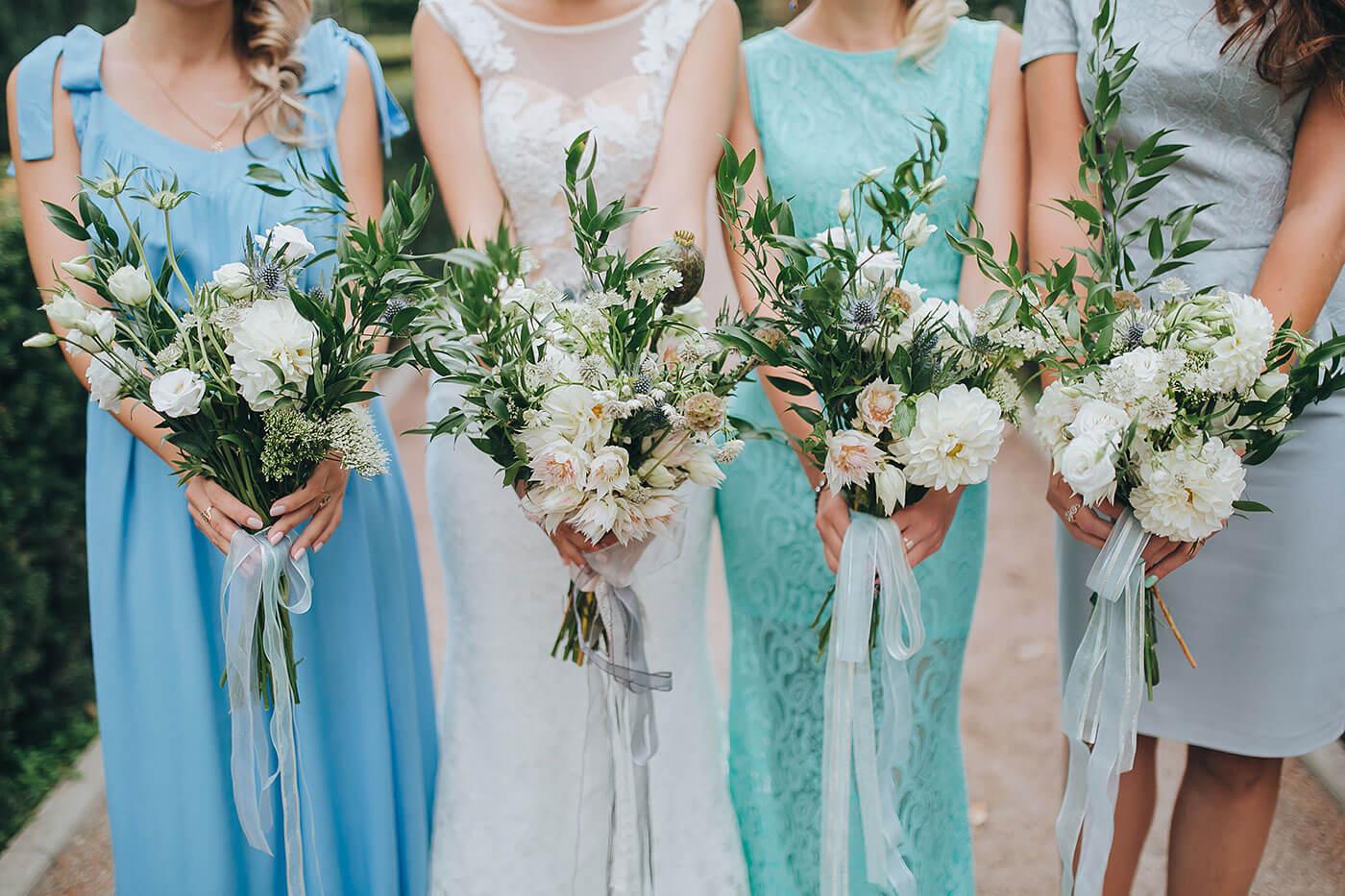 Brautjungfernkleider hellblau
