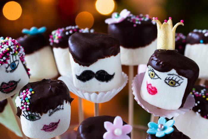 Sweettable Süßigkeitenbuffet mit Marshmallows