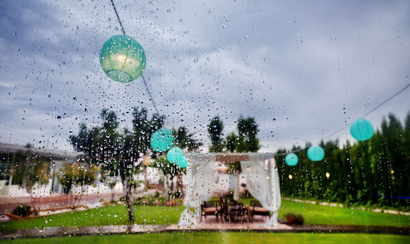 Regen bei der Hochzeit