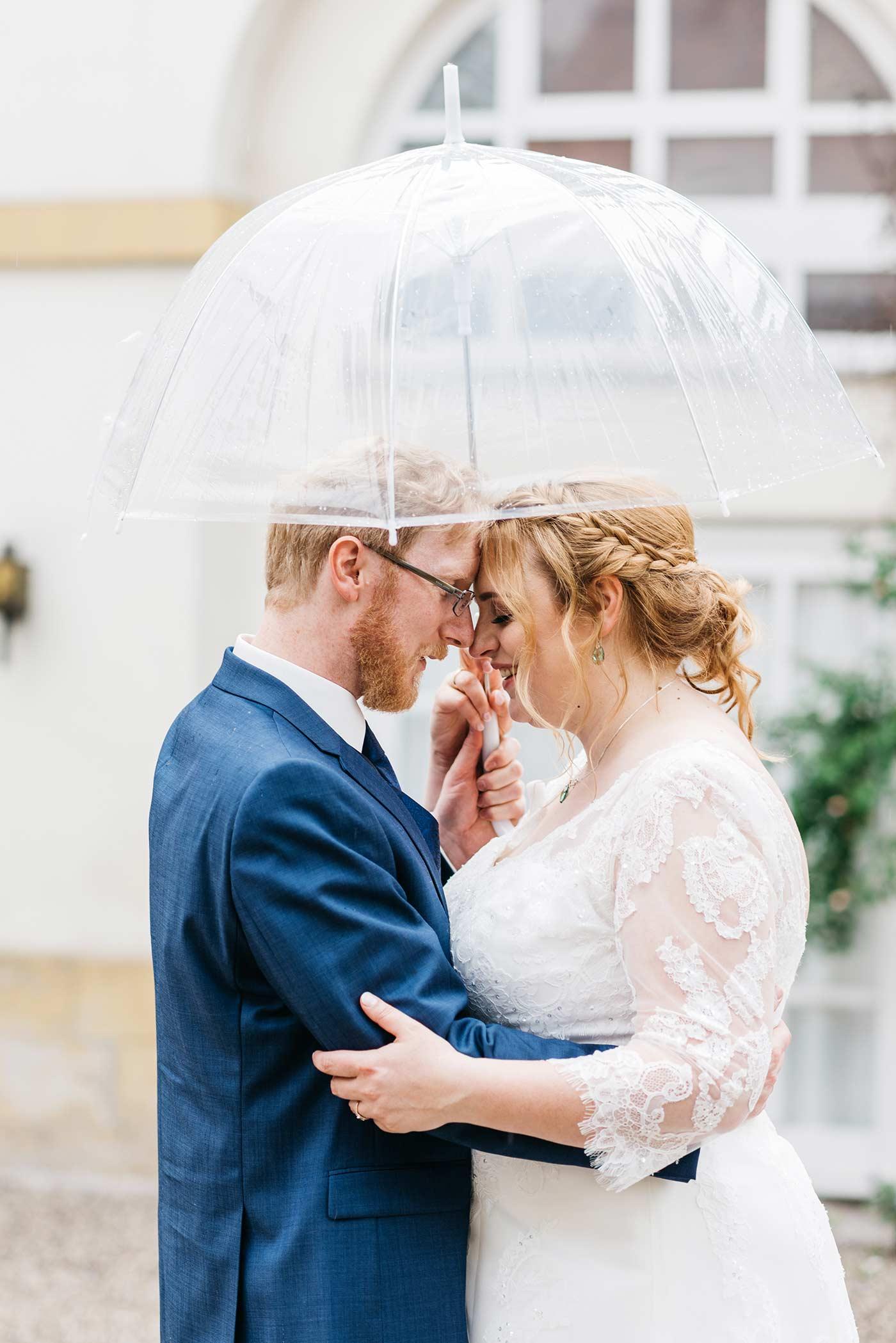 Regenschirm Braut
