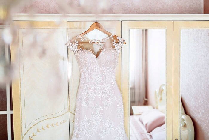 neues Brautkleid verkaufen