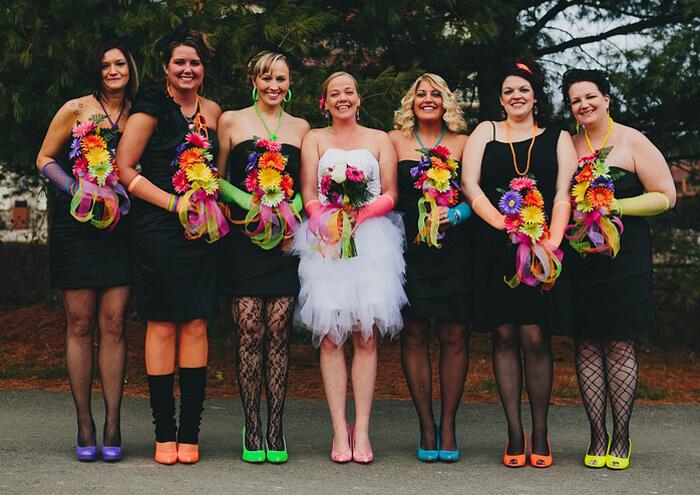 Brautjungfernkleider schwarz