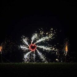 Feuerwerk zur Hochzeit schenken