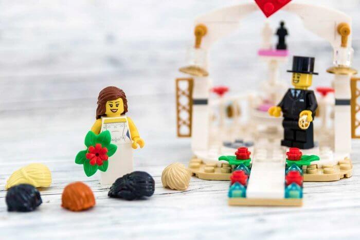 Brautpaar Lego Braut bei der Hochzeit