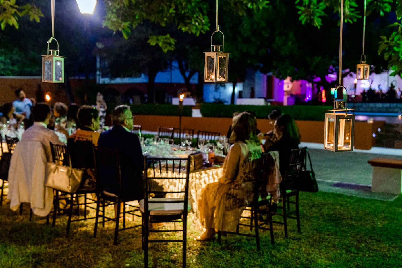 Hochzeitslocation draußen